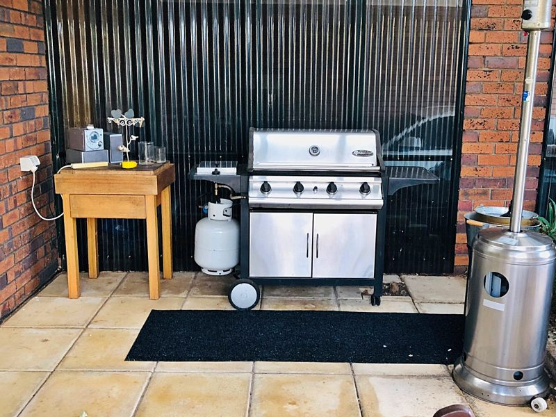 BBQ kitchen before rebuild